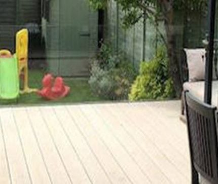 decking railing ideas and tips feature image