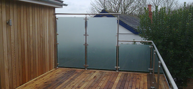 framed custom glass balustrade